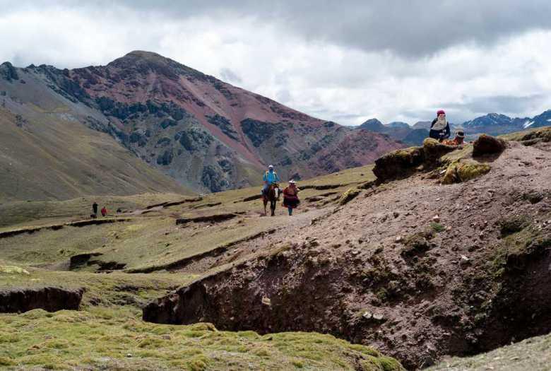 Pobladores Montaña 7 Colores