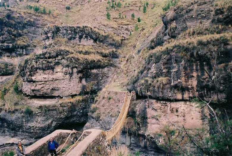 Puente colgante qeswachaka