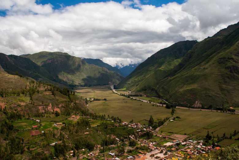 Paquetes turísticos Cusco Machu Picchu - Vista del Valle Sagrado de los Incas